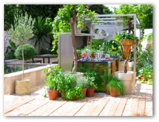 container garden designs - Small Patio Vegetable Garden Ideas