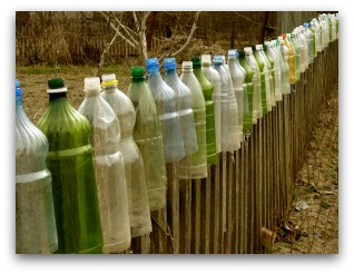 recycled bottle fence idea