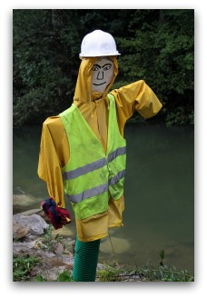 garden scarecrow construction worker