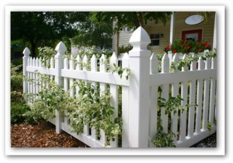 white vinyl vegetable garden fencing - Vegetable Garden Fence Ideas